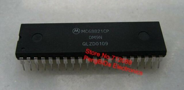 1PCS Peripheral Interface Adapter IC HITACHI DIP-40 HD63B21P
