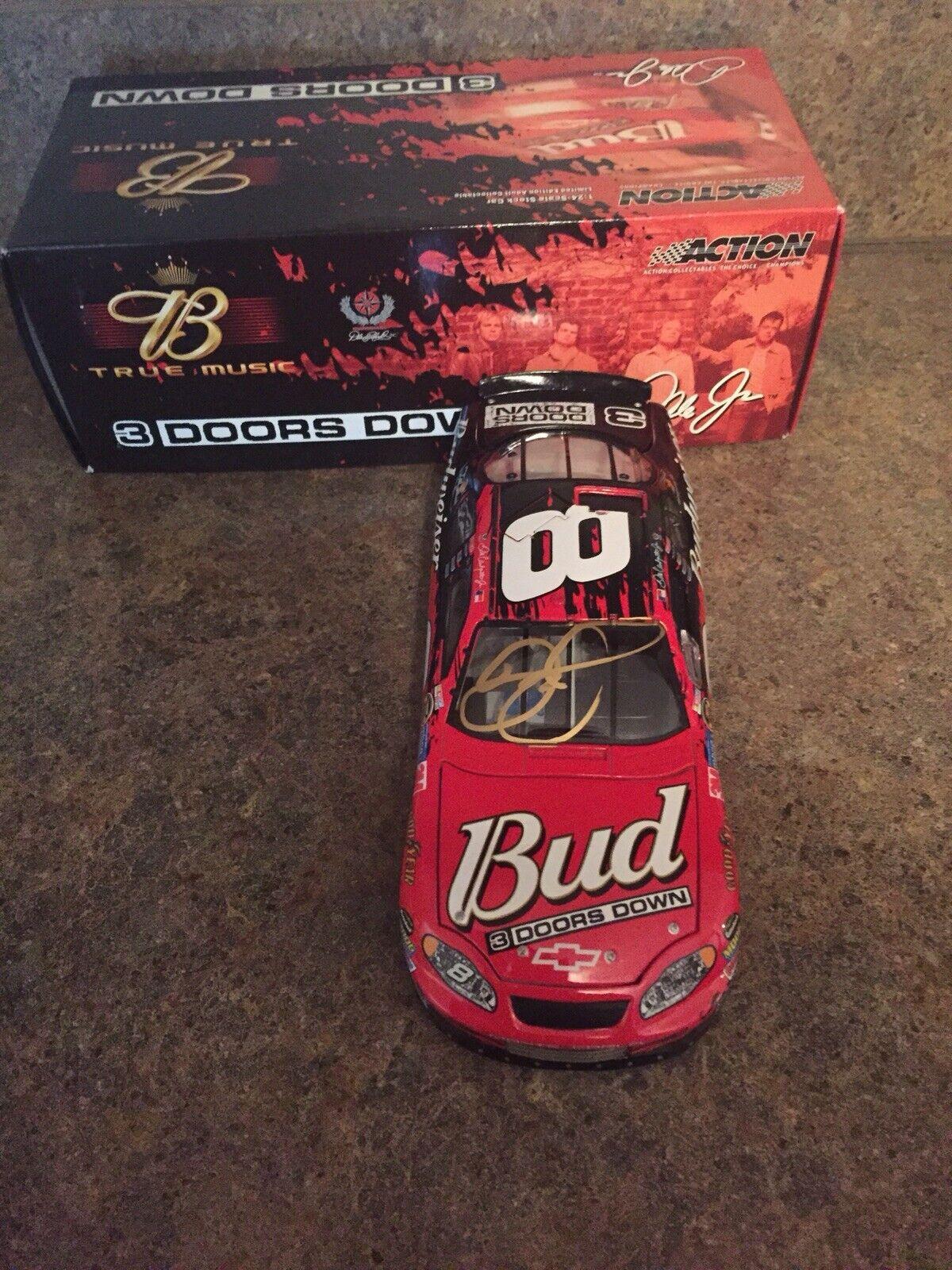Dale Earnhardt Jr autografiada 1 24  8 3 puertas Budweiser abajo 2005 coche