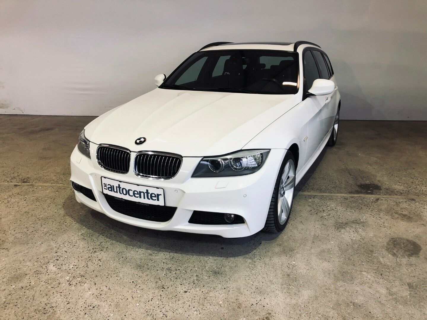 BMW 320d 2,0 Touring xDrive Steptr. 5d - 189.900 kr.