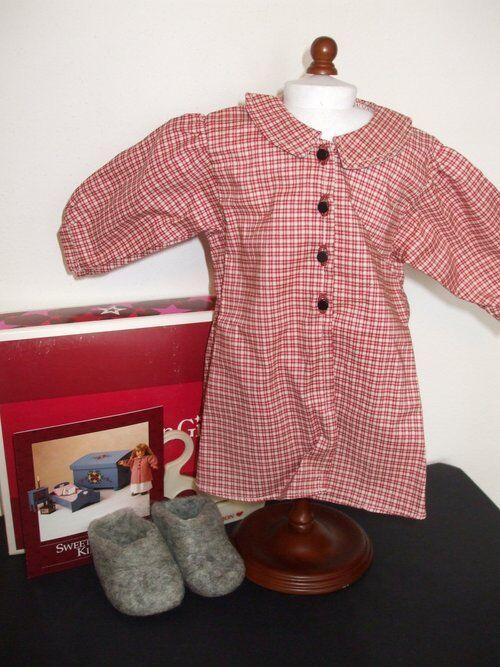 NEW American Girl Kirsten Housecoat and Sockor-Retirot NIB