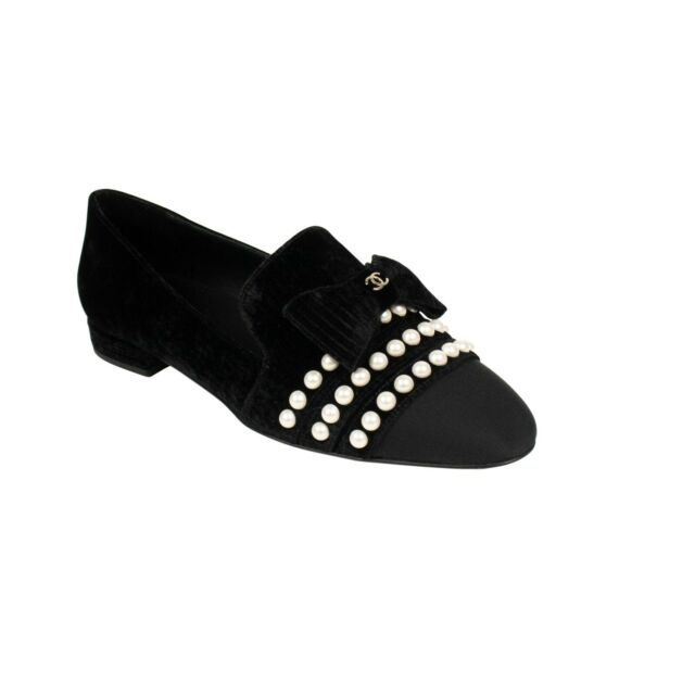 NIB CHANEL Black Velvet Logo Pearl And Bow Loafers Shoes Size 7.5/38.5