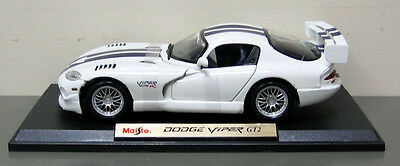 2009 Dodge Viper GT2 Diecast Model Car - Maisto - 1:18 Scale  - White