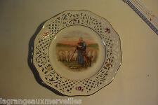 """Assiette ajourée """"le berger et son chien"""" Bavaria Schumann"""