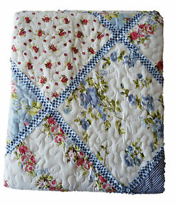 tagesdecke 140x200 patchwork quilt blau wei landhaus romantik rosen karo plaid ebay. Black Bedroom Furniture Sets. Home Design Ideas