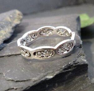 Huebscher-925-Silber-Ring-Durchbruch-Filigran-Sportlich-Muster-Modern-Retro