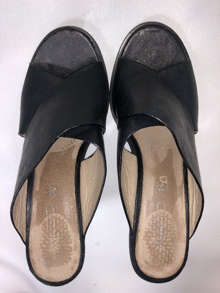 Aldo Women's Black Leather Cross Heel Toe Straps Slip-On Block Heel Cross - 7.5M 7042b0