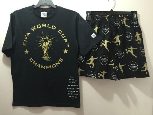 BNWT Mens Sz Large Licensed FIFA 2010 Short Summer Stretch Style Pyjamas Set