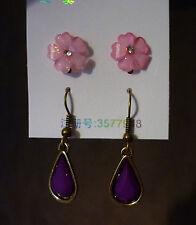 Set van 2 paar oorbellen roze glitter bloemen en paarse druppel hangers  NIEUW