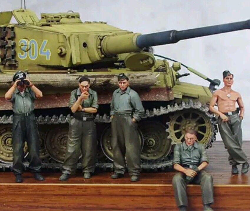 1 35 World War II GERMAN Tiger 1 Panzer Crew Resin Model Kit (5 Figures)