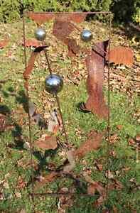 NR-130-EDELROST-Blume-Skulptur-Rost-Gartendeko-Stele-Saeule-Edel-Kunst-Dekoration