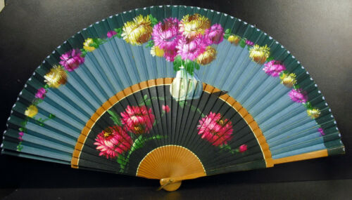 fan decor floral Peonies painted fan abanico c 1950 Peonies in vase