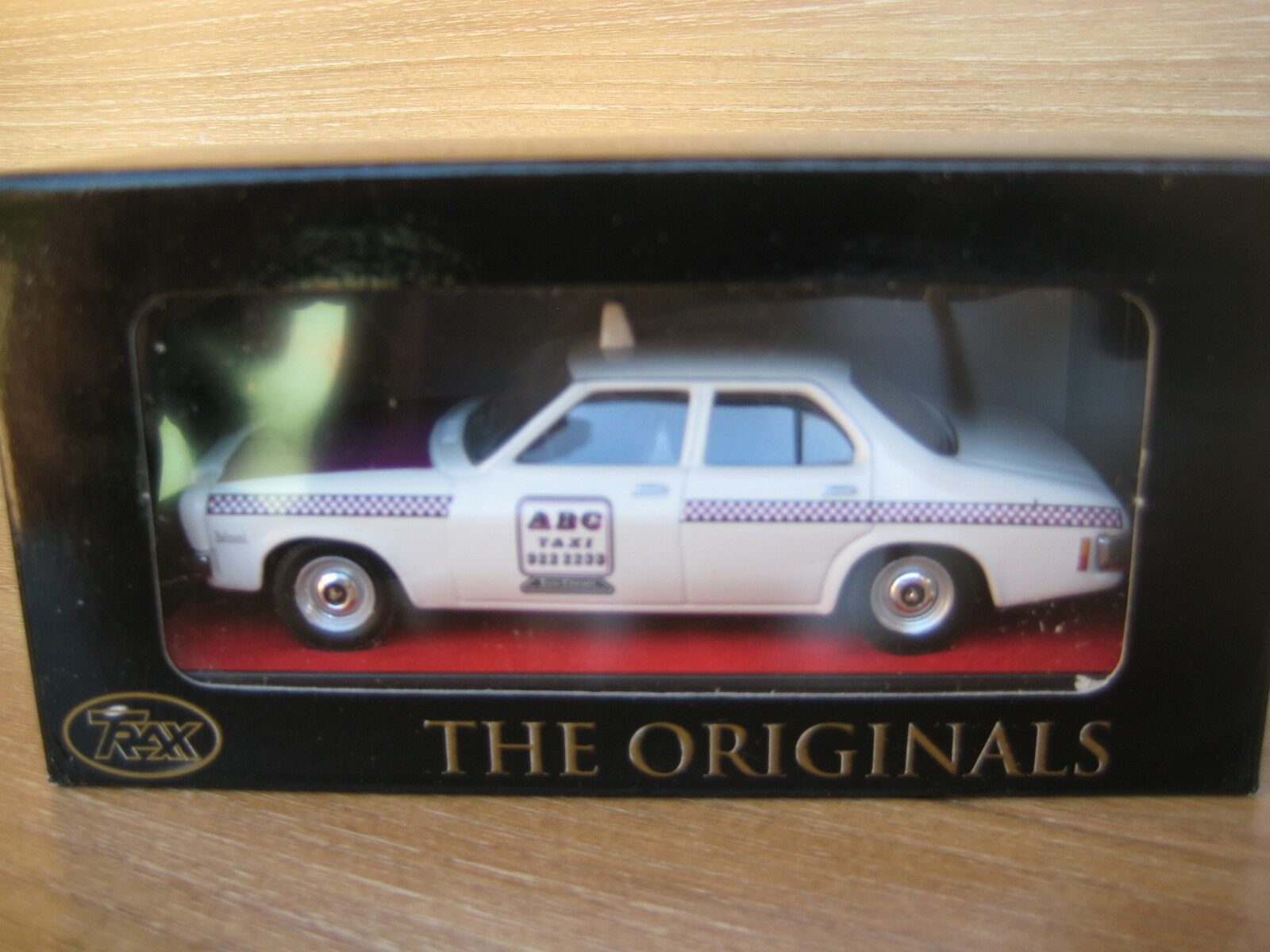 TRAX MODEL TR17J  HOLDEN HQ TAXI  ABC Cabs    Deceased Estate