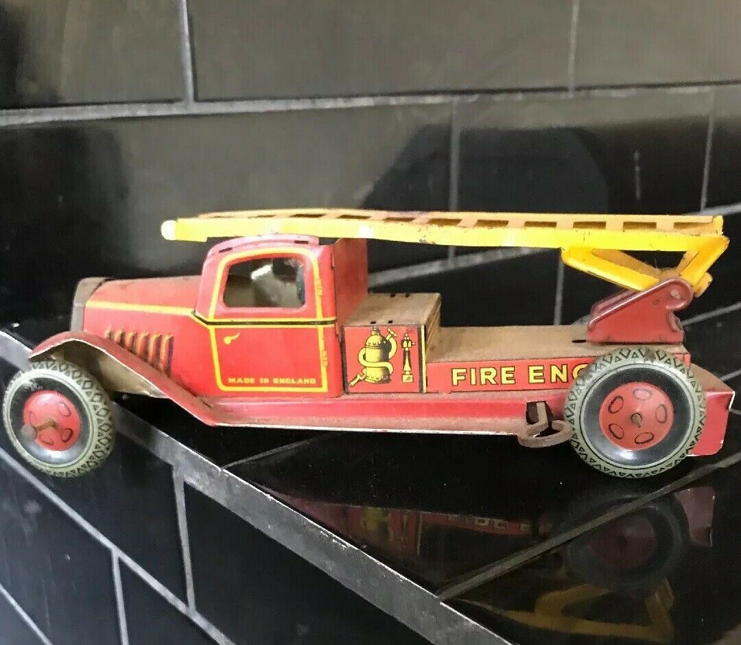 WELLS early 1920's FIRE ENGINE Tin Car VIntage Toy Made In England