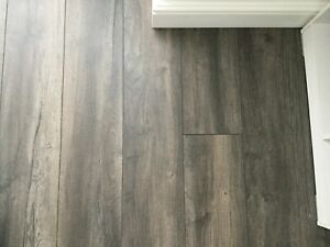 Kronotex Grey Oak Clic Laminate Wood, Winterton Oak 12mm Laminate Flooring
