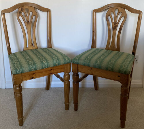 2 X DUCAL VICTORIA LAURA CHAIRS in PINE with GREEN FABRIC UPHOLSTERY RRP £219 pp