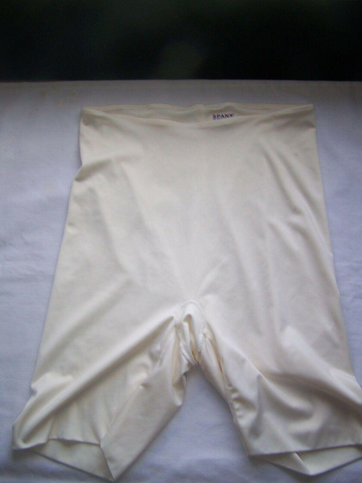 Spanx Shapewear Shorts L Beige Cincher Fitness