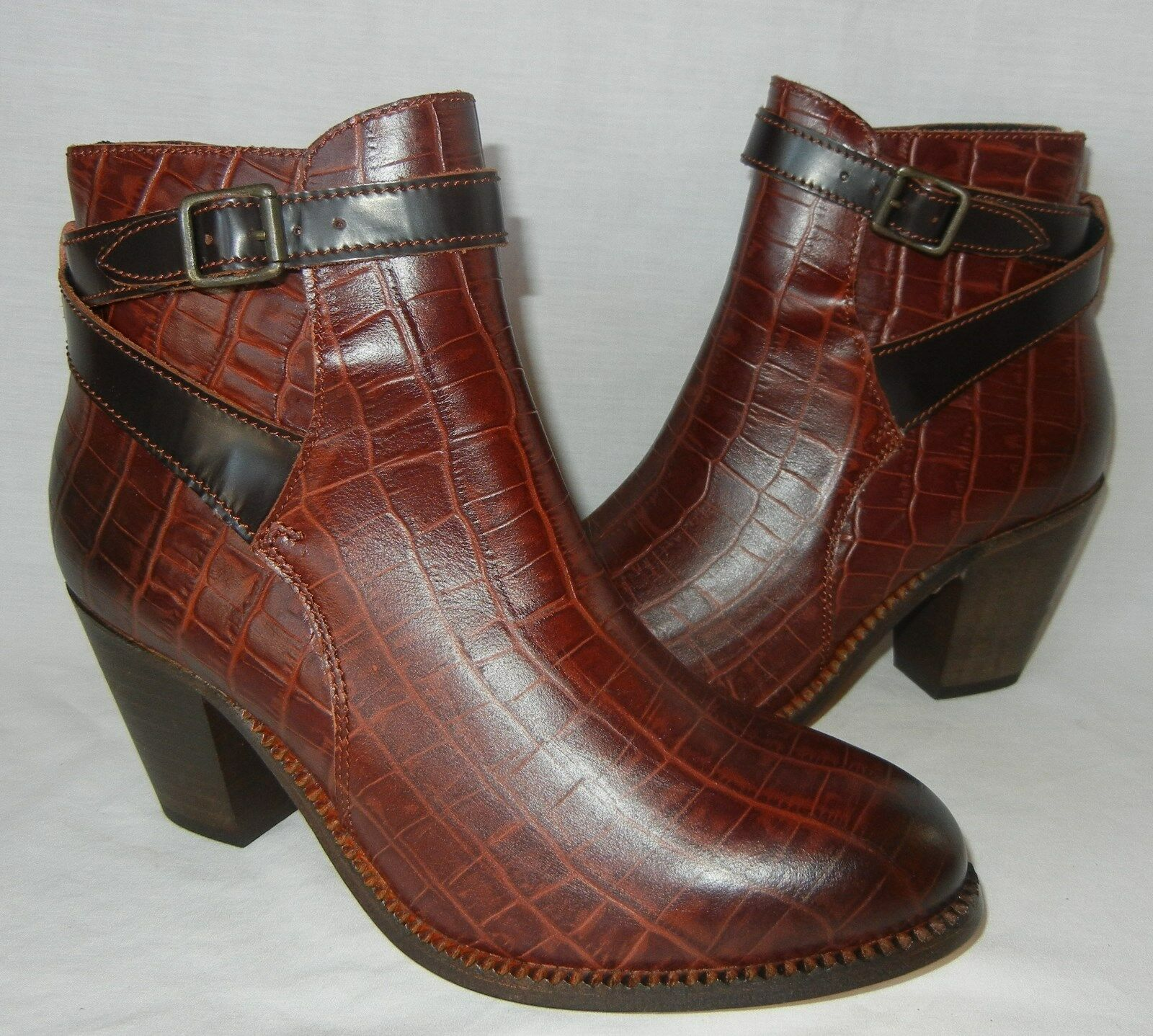 H shoes by Hudson Women's Lewkner Leather Ankle Boot Retail  325 size 10