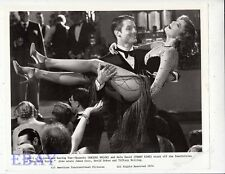 Perry King carries Raquel Welch leggy VINTAGE Photo