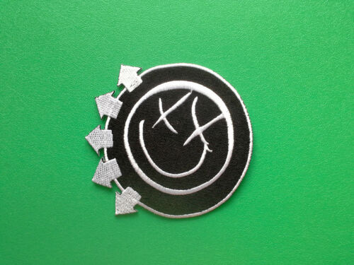 g HEAVY METAL PUNK ROCK MUSIC FESTIVAL SEW ON IRON ON PATCH: BLINK 182