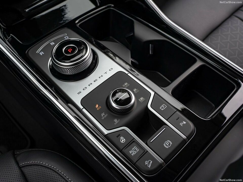 Kia Sorento 1,6 PHEV Premium aut. 4WD Benzin 4x4 4x4 aut.