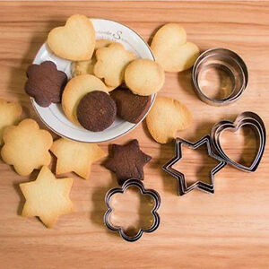 12PCS//Set Star Heart Flower Cookie Cutter Sporting Shapes Biscuit Making Mould