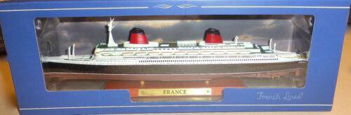 France Schiffsmodell ATLAS French Lines  neu in Box 1:1250 NEU OVP UI2 µ *