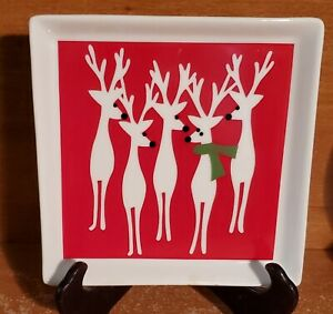 Crate-amp-Barrel-REINDEER-6-034-Party-plate-Appetizer-plate-Christmas-New