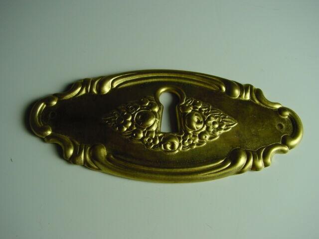 Schlüsselschild, Messingschild, Schlüssellochblende aus Messing, florales Motiv.
