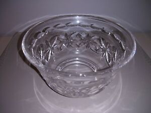 Pretty-Little-Vintage-Stuart-Crystal-Bowl-with-Acid-Etch-Mark-VGC