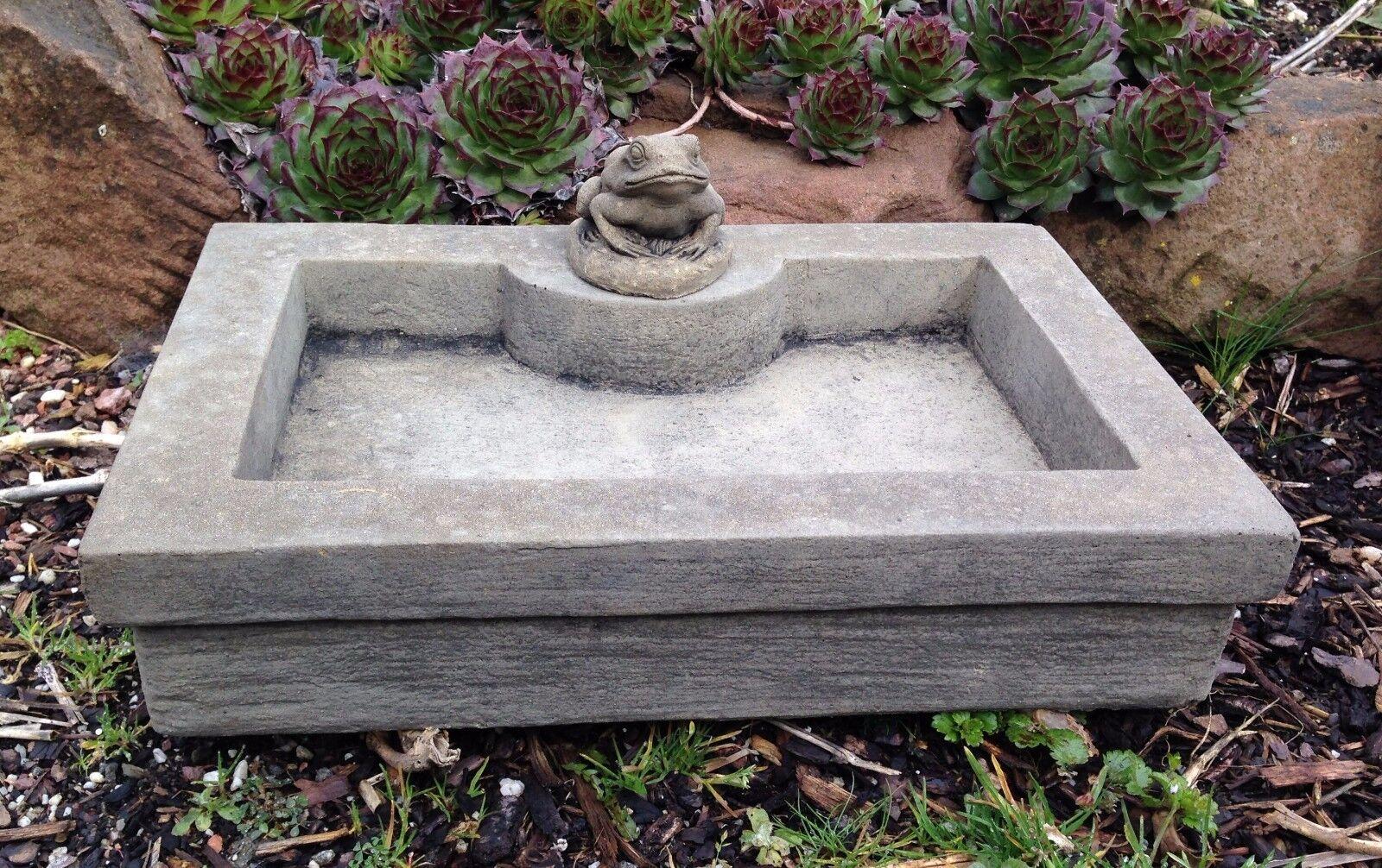 Tränke Schale Vogeltränke Brunnen Rechteck Frosch Sandstein Look D 15 GRAU