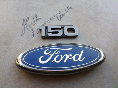 94-96 Ford E-150 Econoline Tailgate F8UB-8C020-AA Logo E9UZ-1525622-AA Emblems