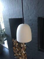 Pendel, Piet Hein, Fin lampe i matteret opalglas