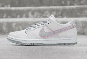 detailed look 2f469 14448 Image is loading Nike-SB-Zoom-Dunk-Low-Pro-IW-White-