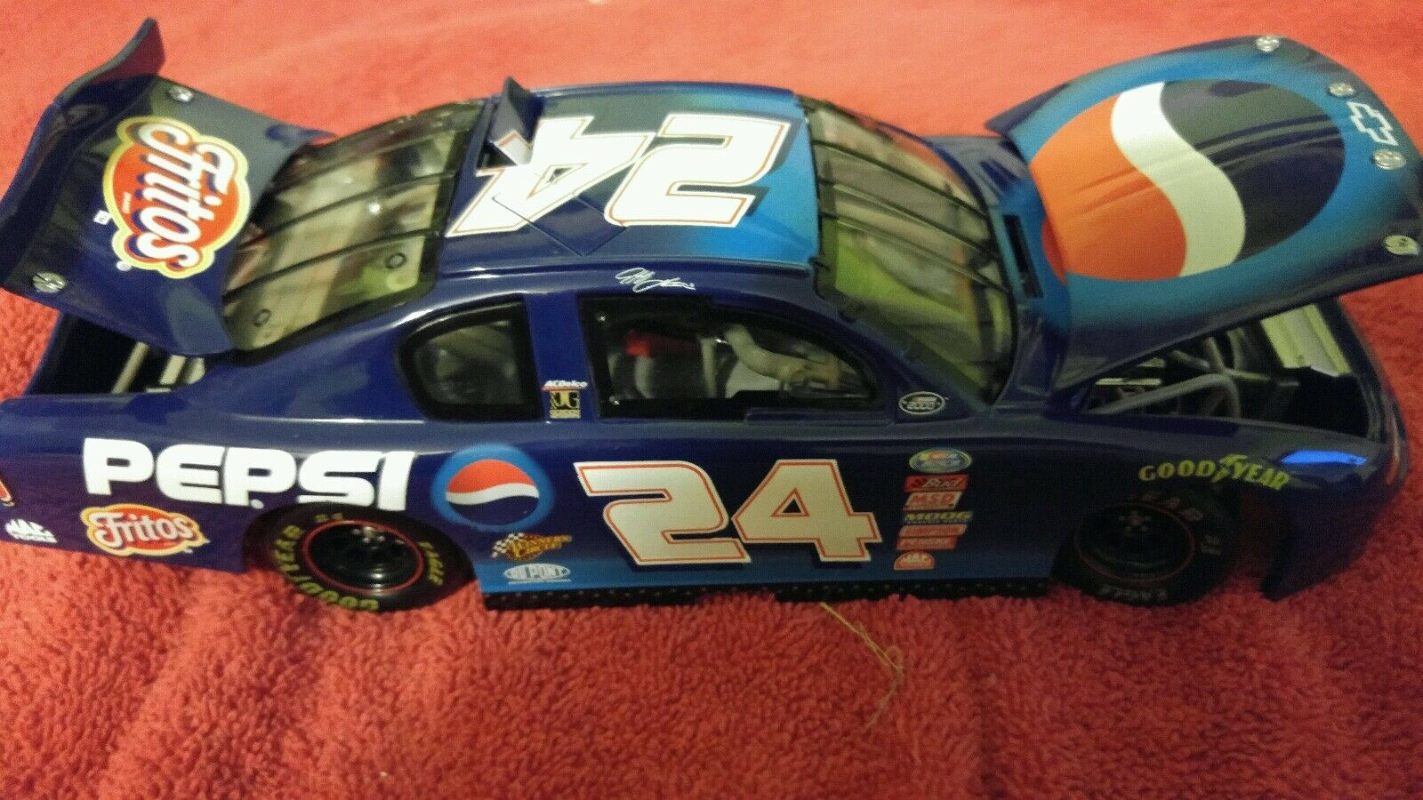 Action Racing Racing Racing Collectibles Jeff Gordon Pepsi Racing Model Car 1 18 scale 7cedb4