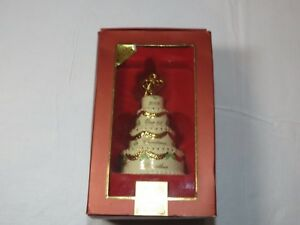 Lenox-2008-Our-First-Christmas-Together-wedding-cake-christmas-Ornament