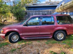 1995 Ford Explorer Limited