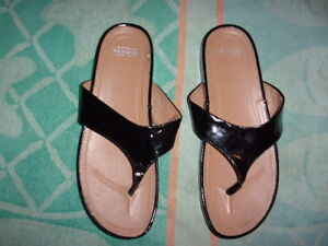 e68fd4ee6899c Image is loading Mootsies-Tootsies-BLACK-Flip-Flop-SANDALS-WOMEN-039-