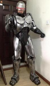 Robocop-armour-Scale-1-1-Wearable-Cosplay-Costume-Armour-pepakura