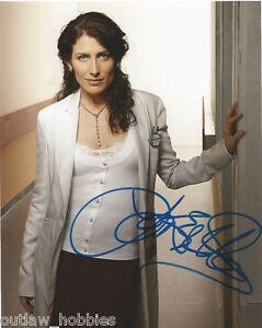 Lisa-Edelstein-Autographed-Signed-8x10-Photo-COA