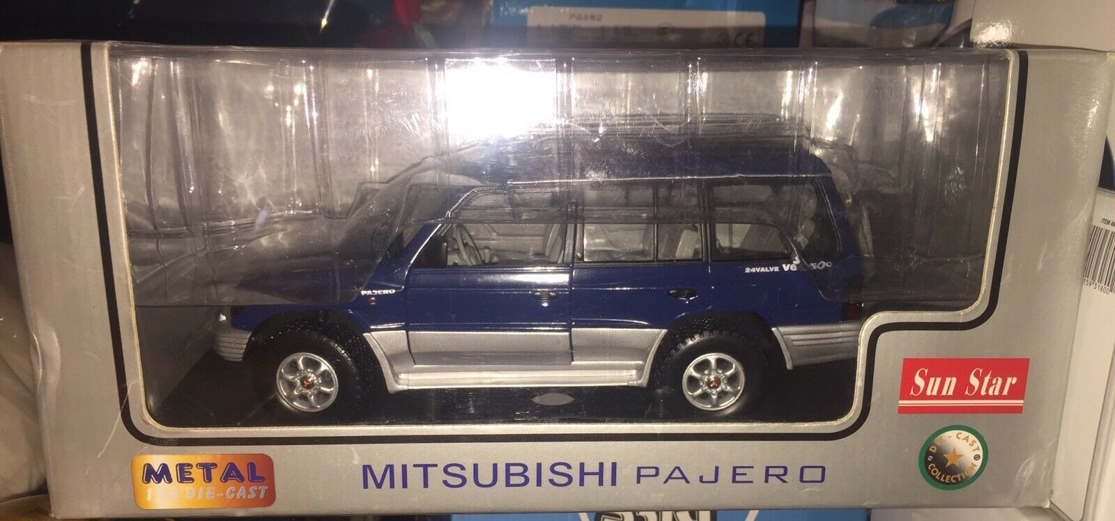 1 18 MITSUBISHI LWB PAJERO SHOGUN 4x4 OFF ROAD JEEP AUTO giapponese 1 18