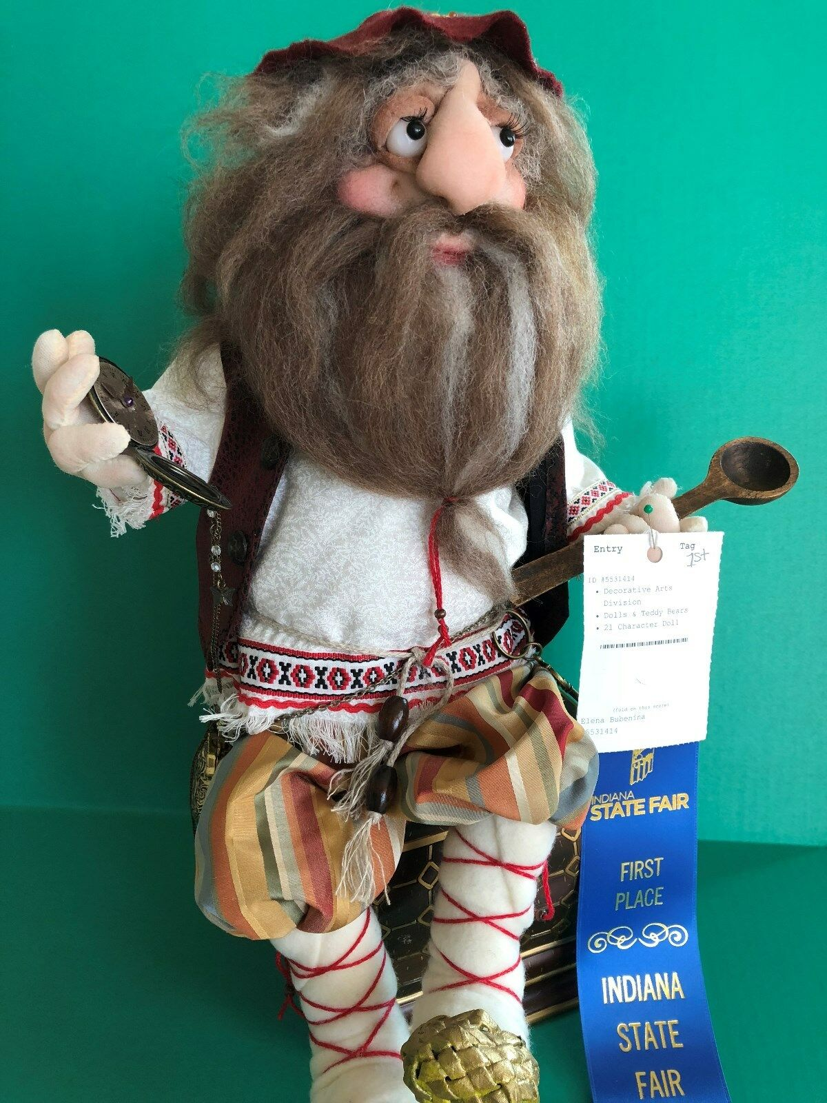 Uno de una tipo muñeca beardeddanila gris-Buena Suerte Dijes Símbolo, espíritu de la casa