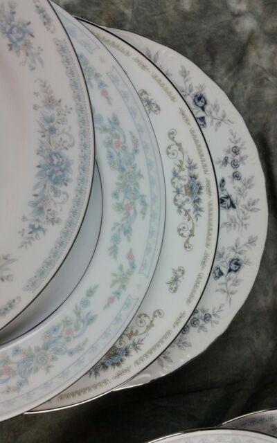 8 Vtg Blue White Floral Mismatched Fine China Dinner Plates, Wedding DP8z