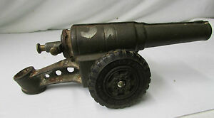 Vintage Big Bang Cast Iron Cannon w/Rubber Wheels ~ PAT'D