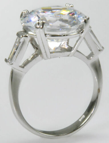 10 ct Extra Brilliant Top Russian Quality CZ Moissanite Simulant Size 7