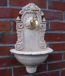 Fontana Da Parete Antica Nostalgia Tempo Fondatore Ghisa Giardino Bianca Nuova  eBay