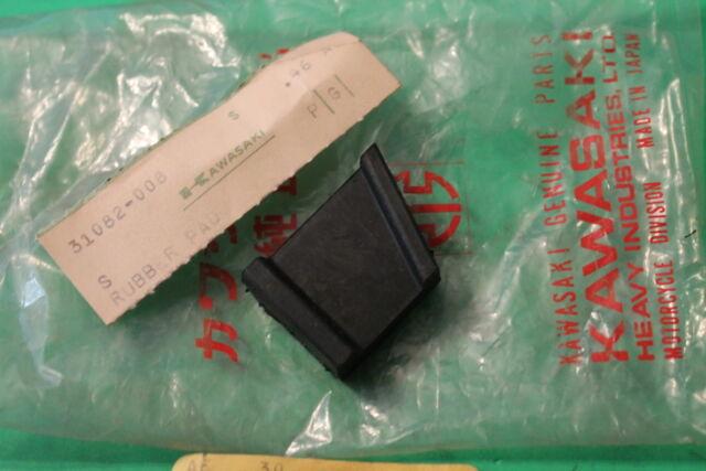 31082-008 Kawasaki Frame Rubber Pad for S2 S1 KH250 1972-1976