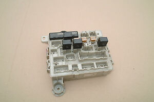 toyota estima 2001 2006 2 4 vvti auto fuse box part no 1e10 0663 smart fuse  box toyota estima fuse box