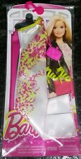 CFY00 Barbie Fashionistas Complete LOOK Fashion Pack #8 Satin Gown 2014 Mattel
