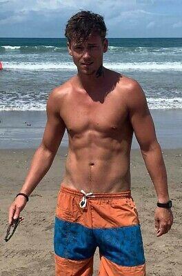 Shirtless Male Beefcake Bare Foot Frat Jock Hunk in Swim Trunks PHOTO 4X6 F873