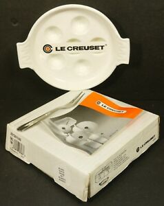 LE-CREUSET-White-Enamel-Cast-Iron-Escargot-Pan-w-Fork-NEW-BOXED-Made-in-France